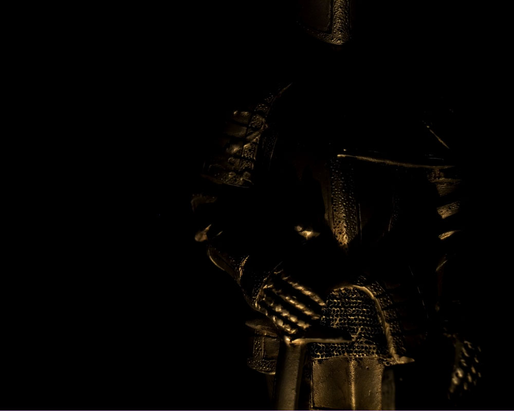 knight mostly in the dark